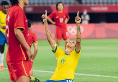SELEÇÃO FEMININA GOLEIA A CHINA PELA ESTREIA NOS JOGOS OLÍMPICOS DE TÓQUIO